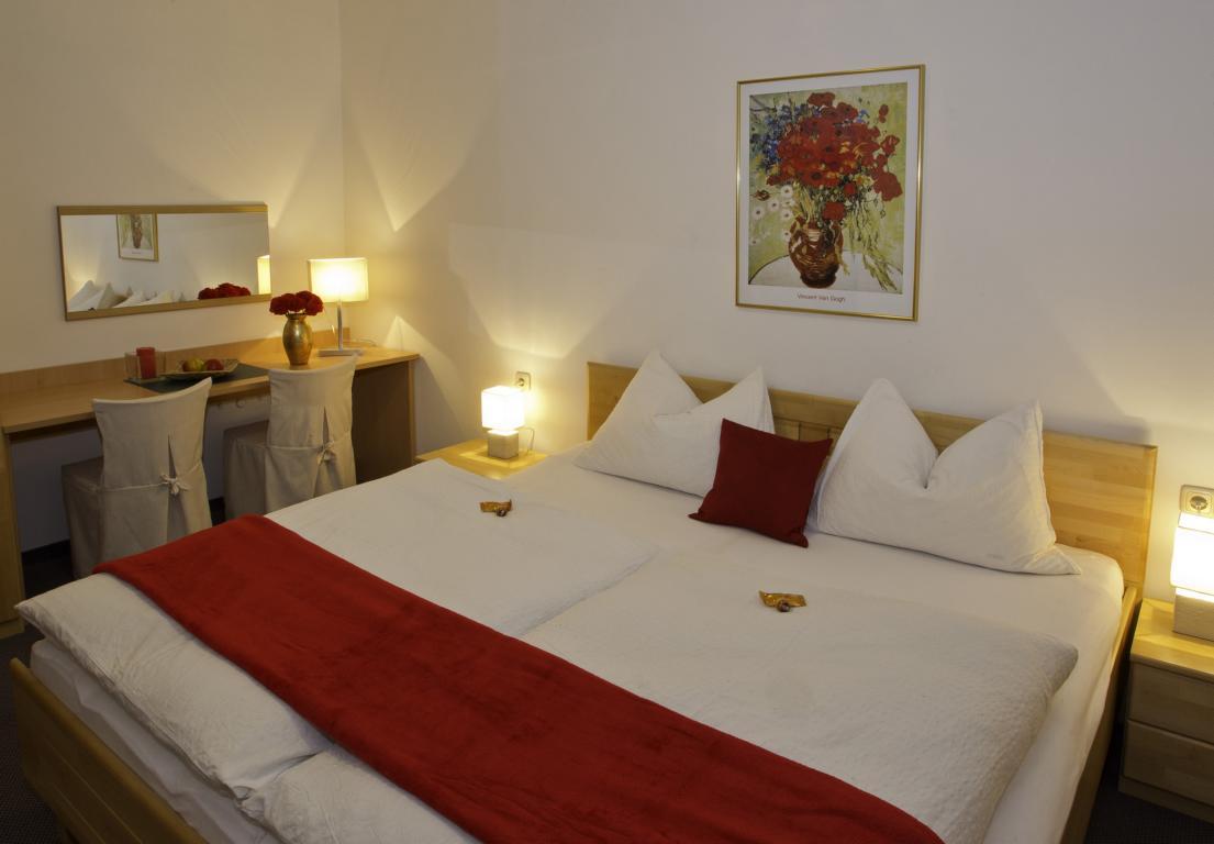 Appartement-Austria-weisses-roessl-006x