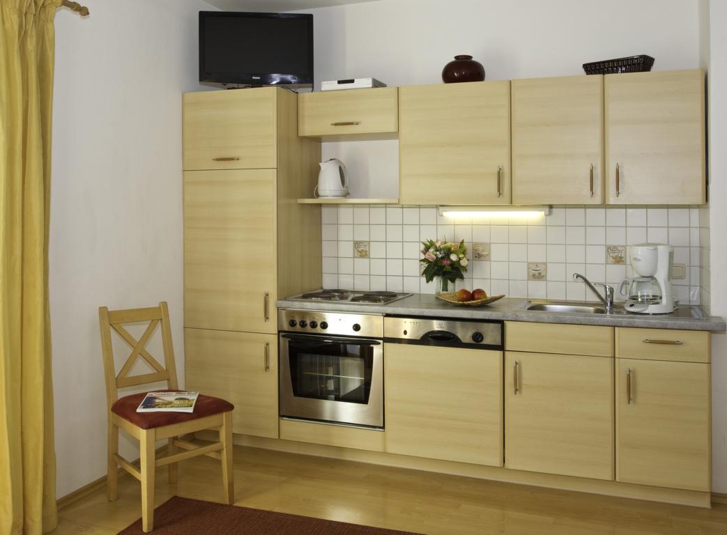 Appartement-Austria-weisses-roessl-015x